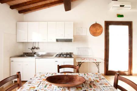 mandorlo_kitchen_agriturismo_poggio_diavolino