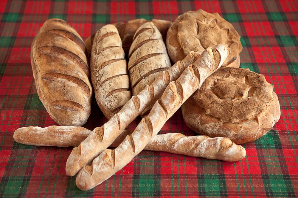 Ricetta pane di base al lievito madre agriturismo poggio diavolino - Diversi tipi di pane ...